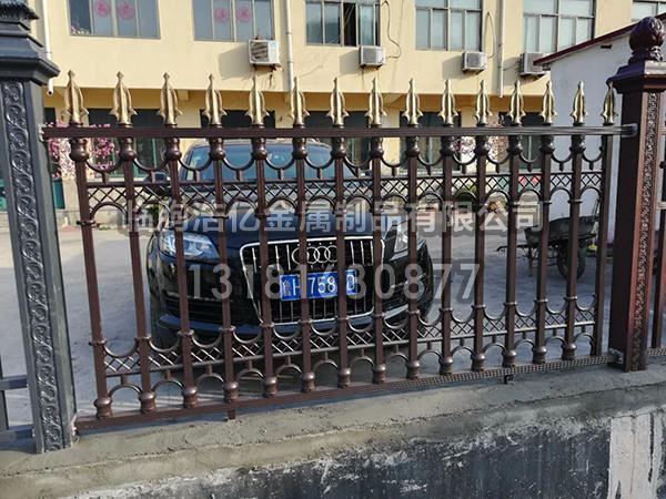 别墅铝艺护栏的安装注意事项